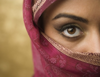 bigstock-Middle-Eastern-woman-wearing-f-73185235-770x513
